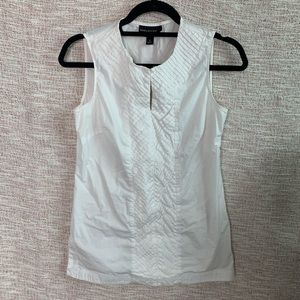 [Dana Buchman] Signature Classic Sleeveless Blouse